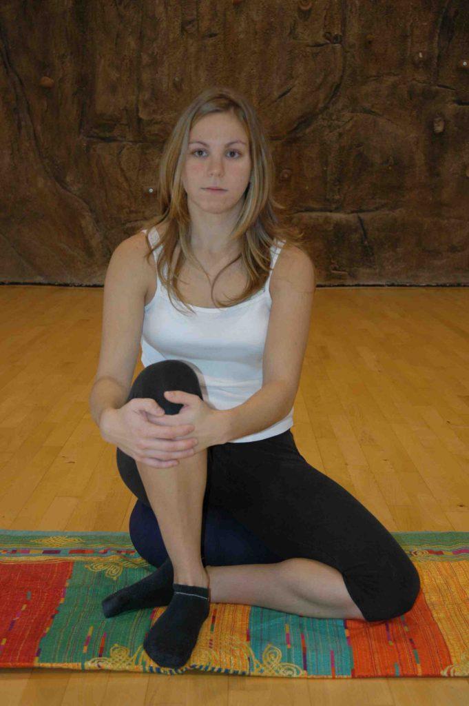 vivir-bien-no-33b-postura-sentada-comanche