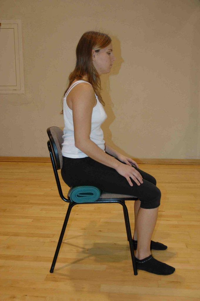 vivir-bien-no-33c-postura-sentada-en-silla
