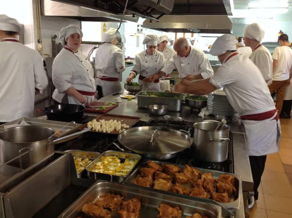 Cocinas Españolas | La Escuela De Hosteleria De Guayente Abre Su Restaurante A Las