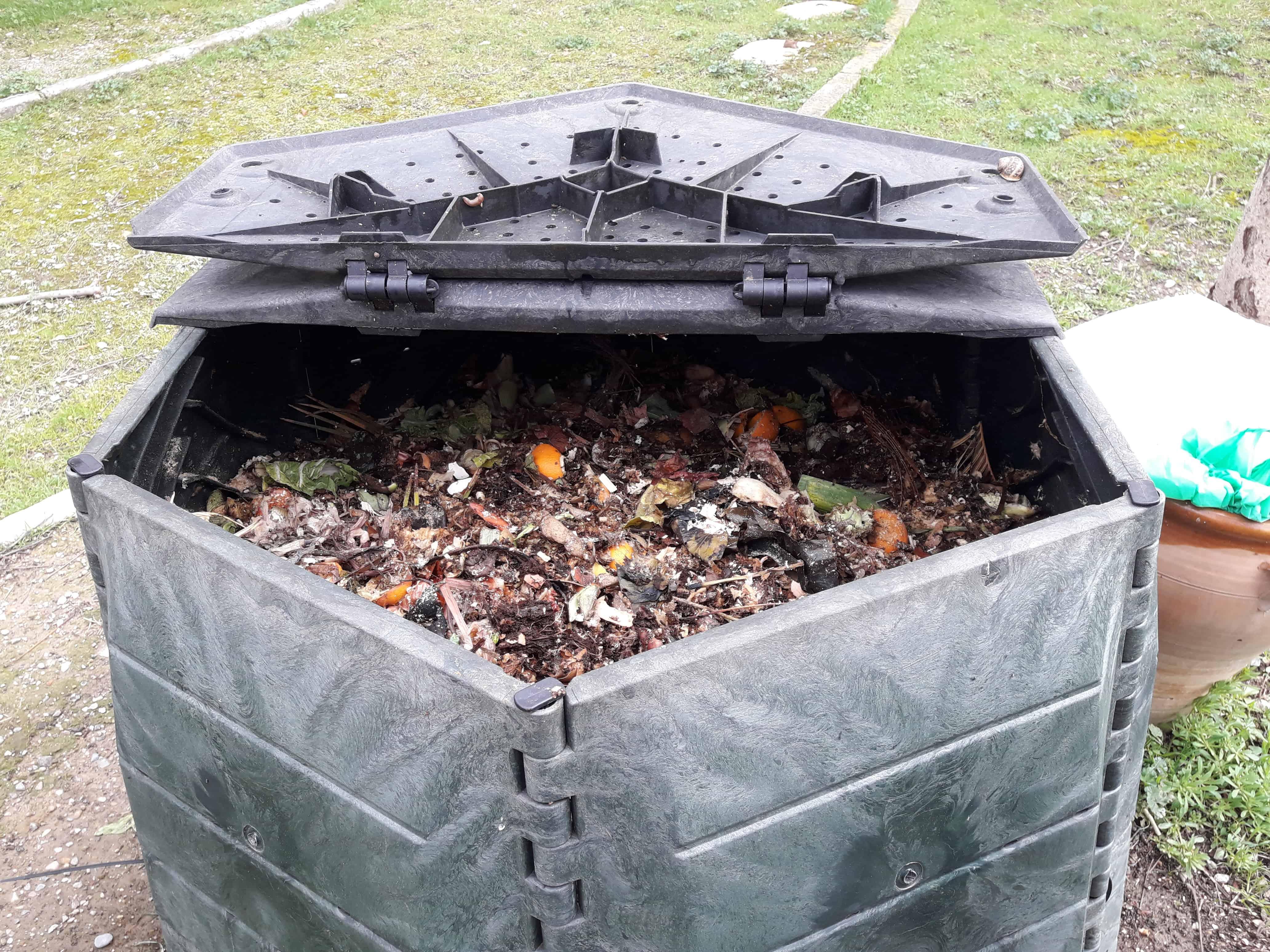 En la hoya m s de cien familias ya compostan el residuo org nico en sus hogares gente con - Hoya de cocina ...