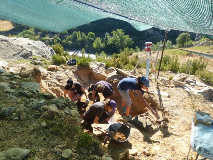 Primer día de excavaciones en esta campaña en Arén (Foto: Servicio especial)