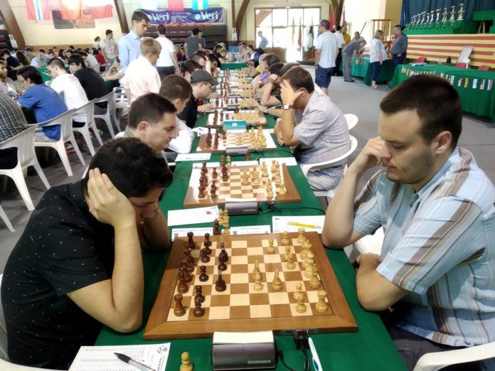Indjic, un sólido líder tras ocho rondas del Open de Benasque (Foto: José Luis Pellicer)