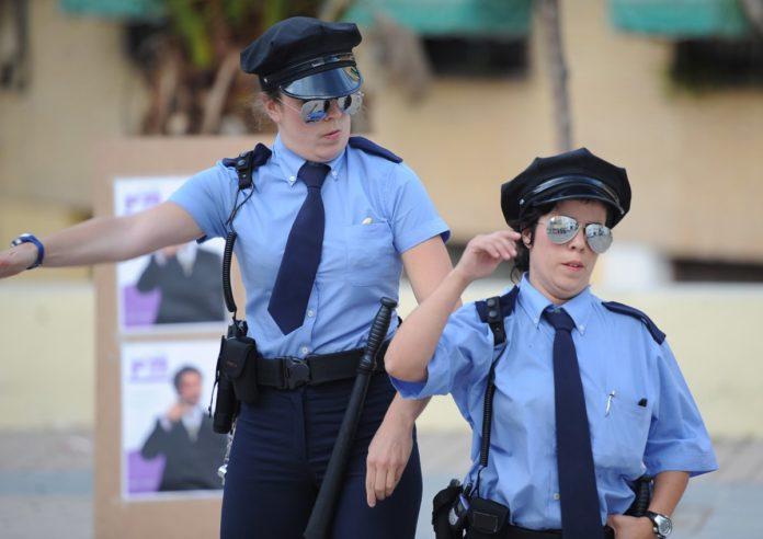 Las Polis en acción (Foto: Servicio especial)