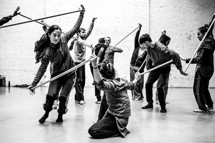 Participantes en un taller de danza de VioletaBorruel (Foto: Servicio especial)