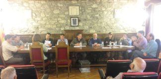 Pleno de investidura en Benasque (Foto: Angel Gayúbar)
