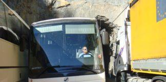 Problemas en la circulación de vehículos pesados en la N-260 (Foto: Servicio especial)