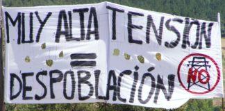 Pancarta reivindicativa contra los grandes tendidos eléctricos (Foto: PUCAE)