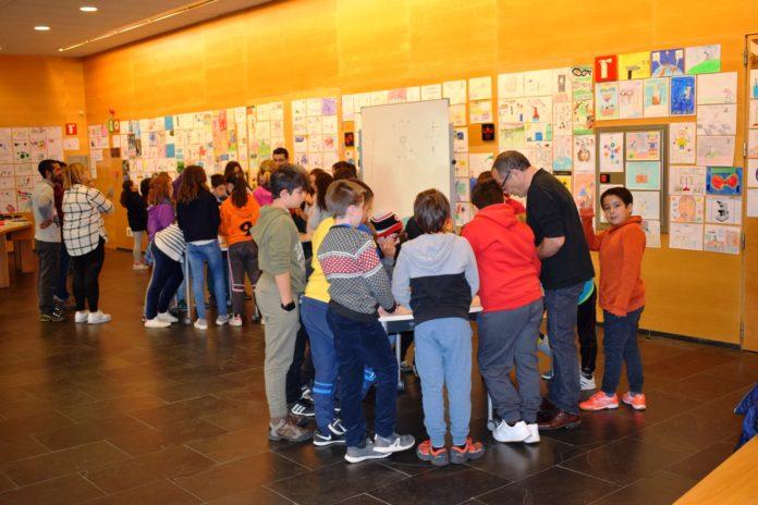 Escolares del valle participando en una de las actividades programadas en 2018 (Foto: Angel Gayúbar)