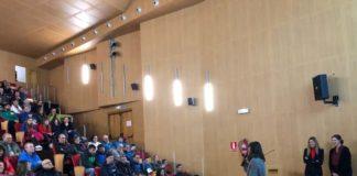 Asistentes al acto de presentación del Grupo de Montañeros de Benasque (Foto: Servicio especial)