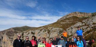 Foto de grupo de los participantes en esta excursión por la Sierra de Sis (Foto: CER)