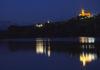 Iluminación nocturna de la ermita y de la torre de Torreciudad (Foto: Alfonso Arregui)